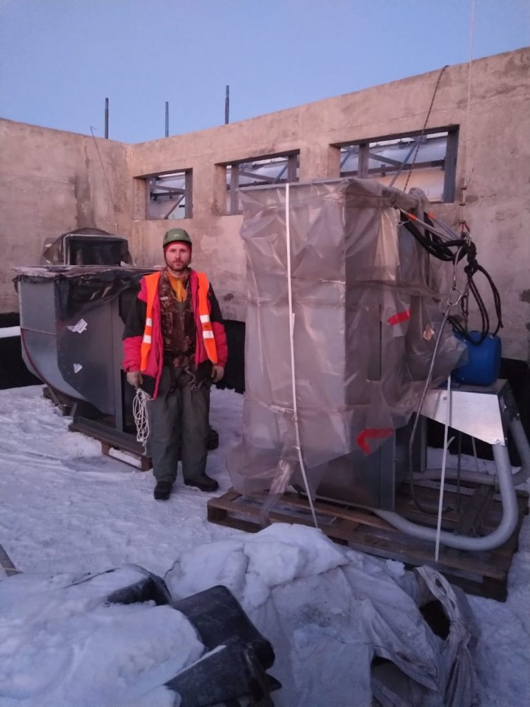 Подъём вентиляционного оборудования
