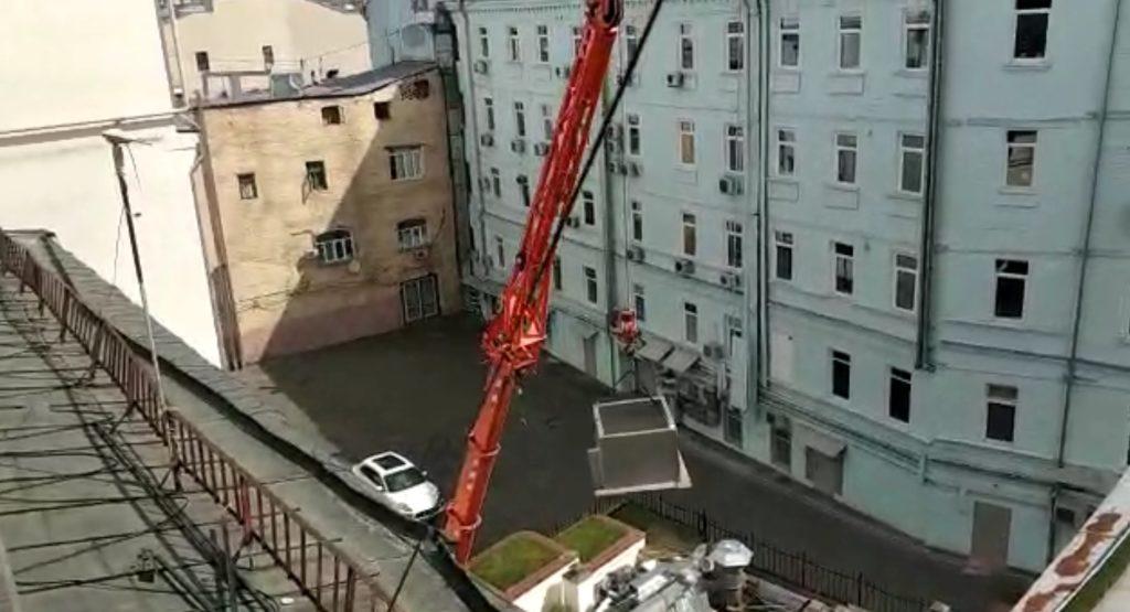 """Подъём грузов миникраном """"паук"""""""